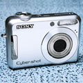 New Sony Cyber-shot DSC-S650 and DSC-S700 - Digital cameras, digital camera reviews, photography views and news news