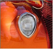 Car show, detail shot - Copyright © 2007 by osusana