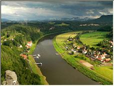 Elbe - Copyright © 2008 by jabbar69