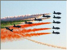 Italian Aerobatic Team - Solo crossing - Copyright © 2008 by Carlo Donati