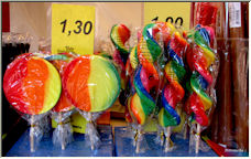 Colourful Sweets - Copyright © 2008 by Petronella