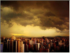 The storm is coming - Copyright © 2006 by Helio Mesquita