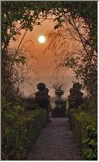 Sunset walkway - Copyright © 2007 by Sarah Newton